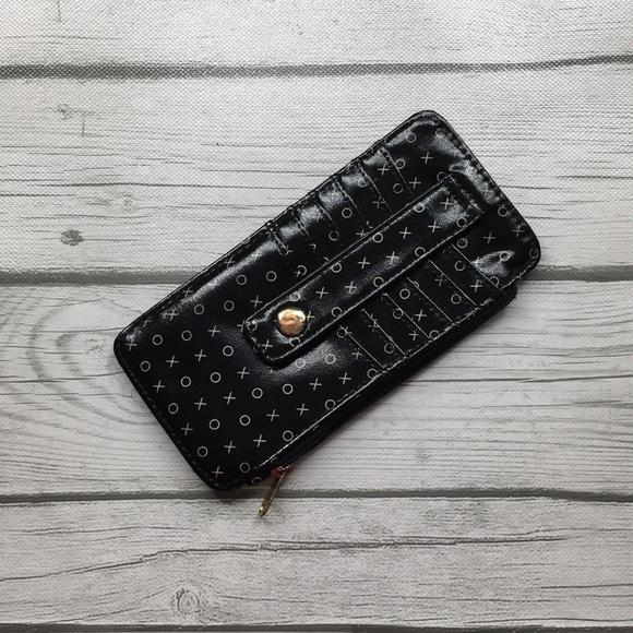 Target Handbags - 🛍 Target Black Wallet